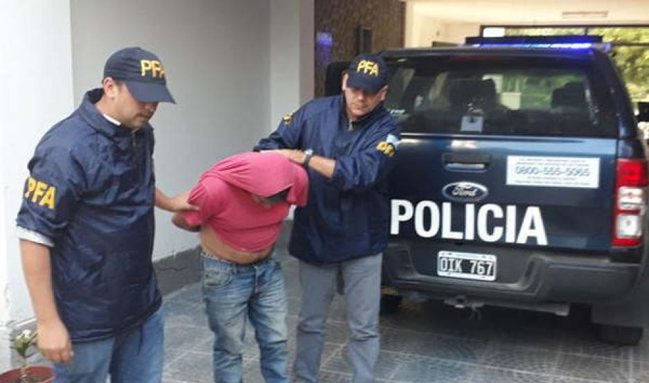 ESCÁNDALO. La estafa millonaria incluyó a empleados de la Anses que fueron detenidos en su lugar de trabajo.