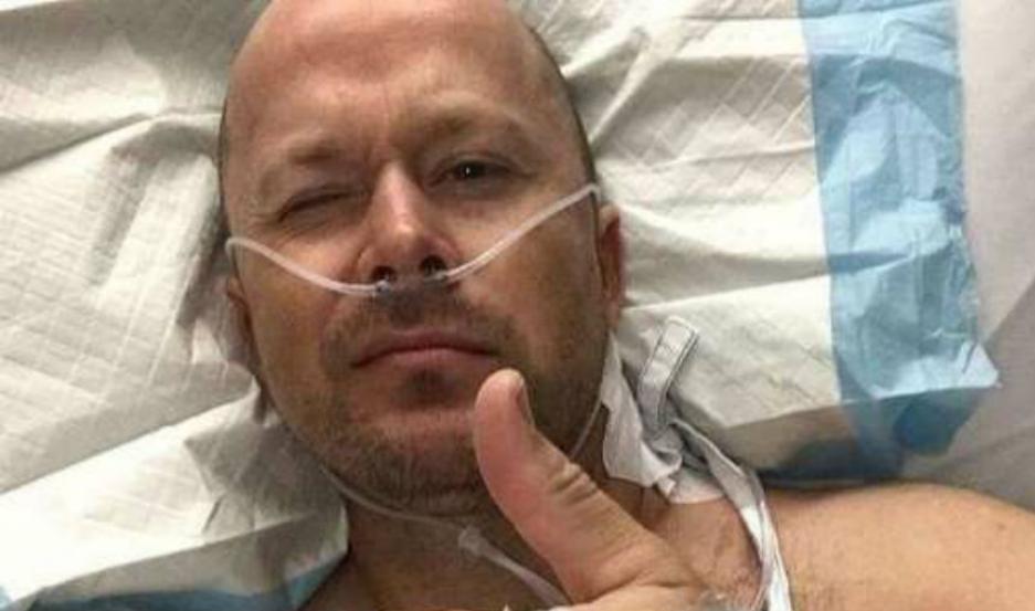 Ryan Glossop, tras la operación.