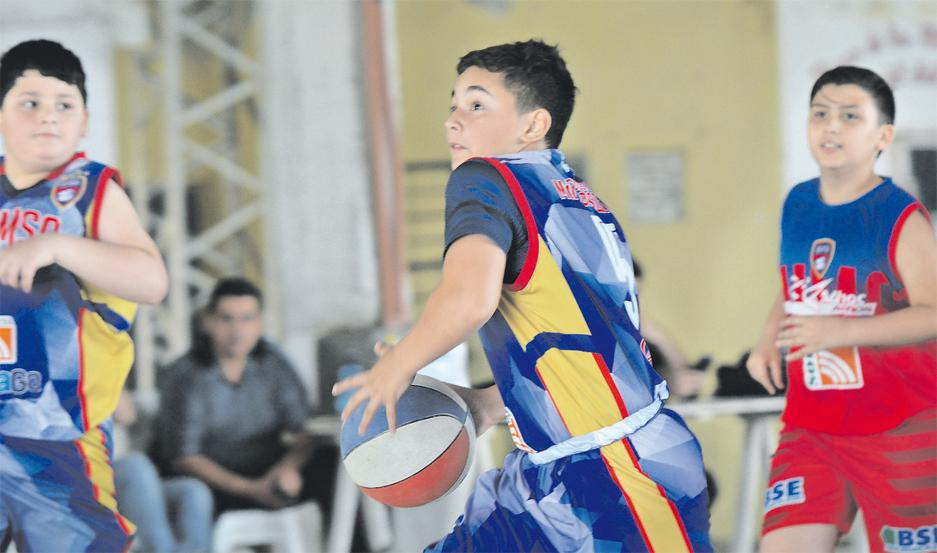 DUELO. Sportivo Colón venció a Quimsa en la categoría Preinfantiles.