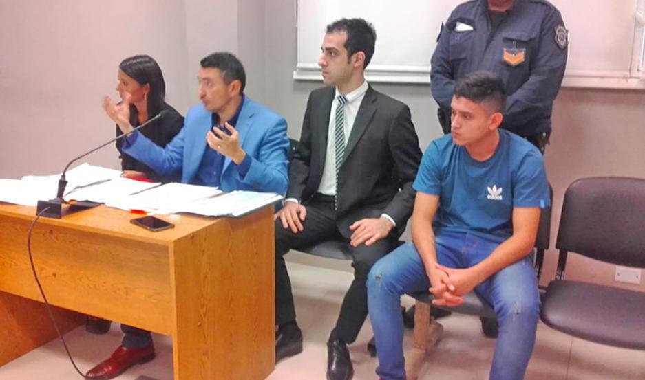 """Holgado y su equipo no le dan respiro a """"Facundito"""", pero él y sus secuaces culpan a un tal Juárez."""